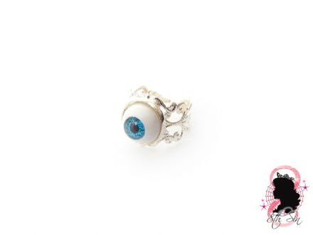 Antique Silver Eyeball Ring
